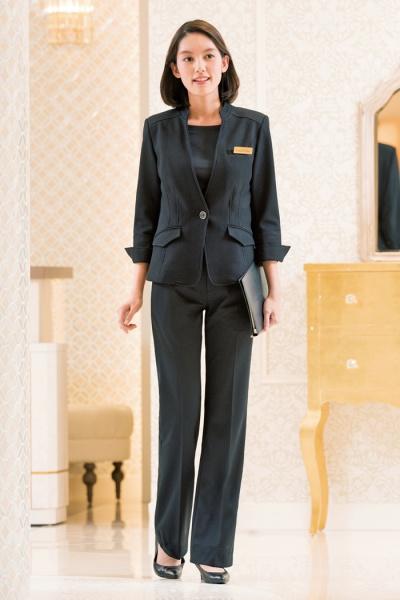 ホテル、受付、コンシェルジュ制服 キリッとパンツスタイル
